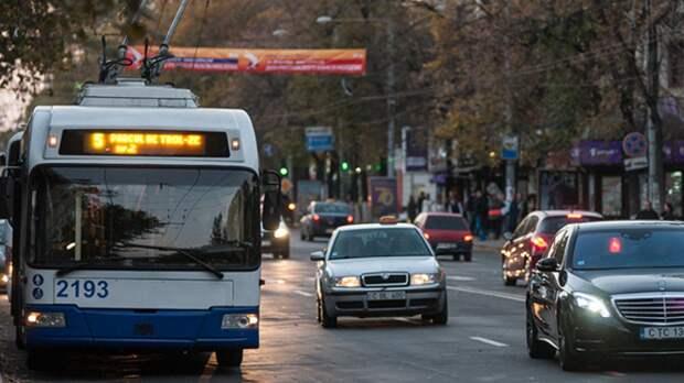Забастовка в Молдавии почти заблокировала движение межгородских автобусов