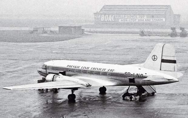 Il-14 LOT (Polskie Line Lotnicze).png