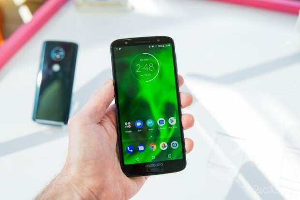 В ТОП-5 лучших смартфонов 2018 года не попали iPhone X и Huawei P20 Pro (6 фото)