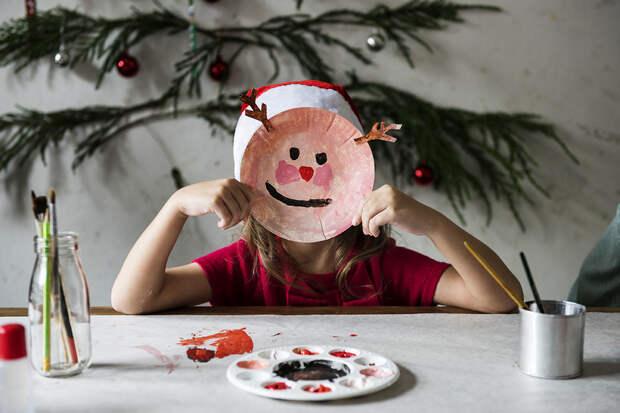 Как помочь нервной системе ребёнка пережить праздники