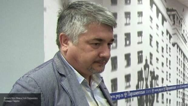 Ищенко: Киев готовится к серьёзному столкновению внутри страны