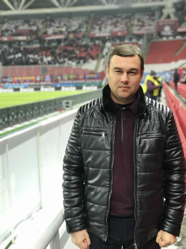 Директор футбольного клуба «Зенит-Ижевск» назвал «вбросом» информацию о своём уходе