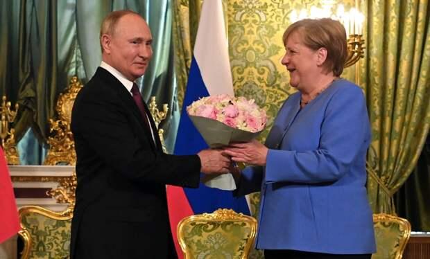 Как договориться со своим внутренним миром, когда ты почти член...ЕС и НАТО