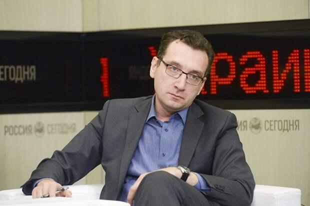 Эксперт отметил движение Украины к президентской республике