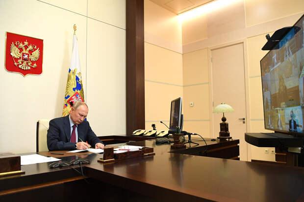 Путин призвал сократить сроки проведения тестов на коронавирус