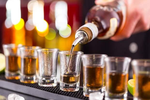 "Нарколог Александр Ковтун назвал ""лечебную дозу"" алкоголя"
