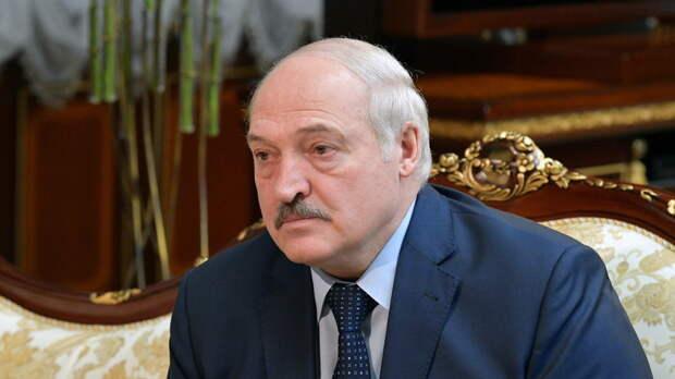Лукашенко вылетел в Минск после завершения переговоров с Путиным