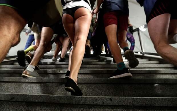 В метро без штанов 2018: по миру прокатился глобальный флешмоб
