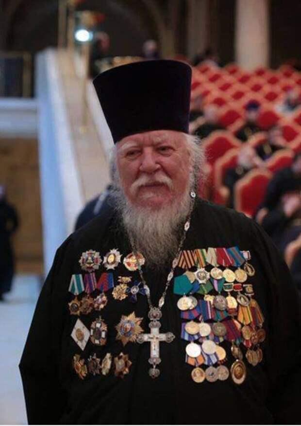 Хуже проституции. Протоиерей Димитрий Смирнов выступил против крещения детей, родившихся благодаря ЭКО