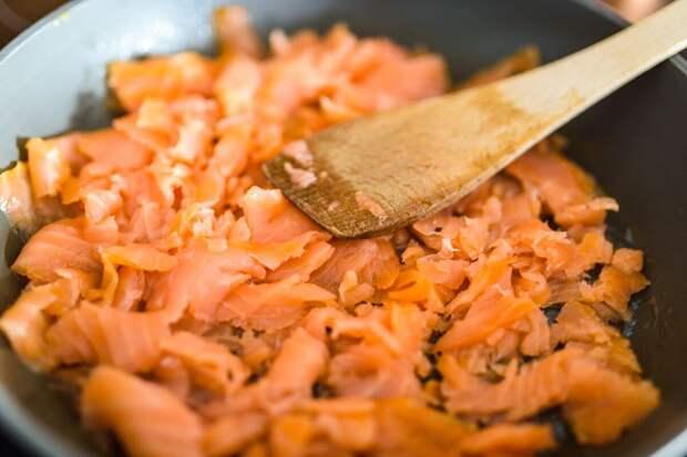 Рыба по-русски: сытный полезный ужин за полчаса
