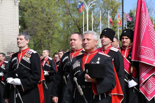 В Краснодаре готовятся к параду Кубанского казачьего войска