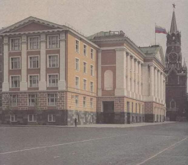 Кремлевские клады XII – начала XIII века.