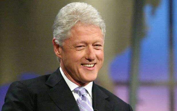 Клинтон: Пьяный Б.Ельцин ловил такси в одних трусах