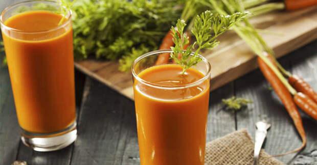 Натуральный морковный сок для очищения кишечника и печени