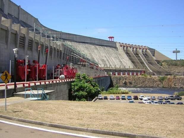 3 место. ГЭС им. Симона Боливара или «Гури» гидроэлектростанции, сооружения, топ-10