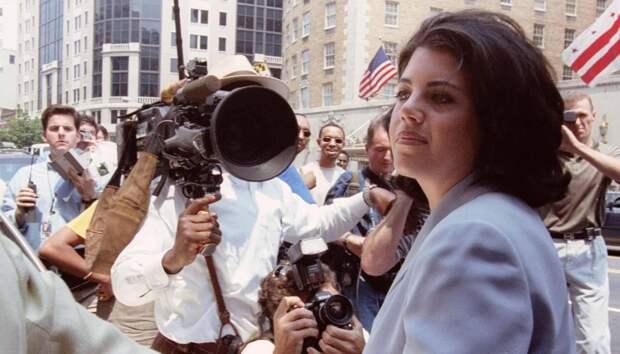 20 лет назад Биллу Клинтону чуть не объявили импичмент из-за связи с Моникой Левински. Она рассказала, как это изменило ее жизнь