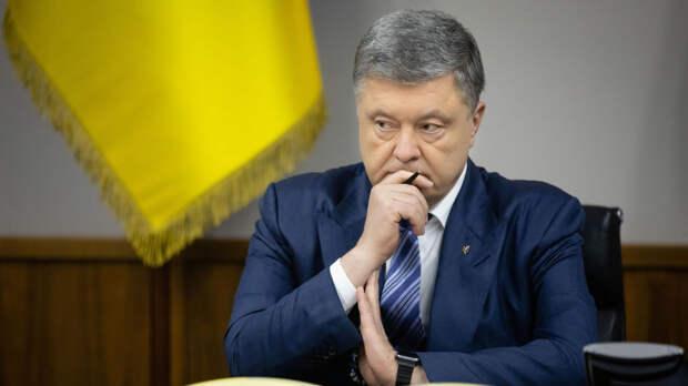 На первый допрос Порошенко приведут уже в наручниках