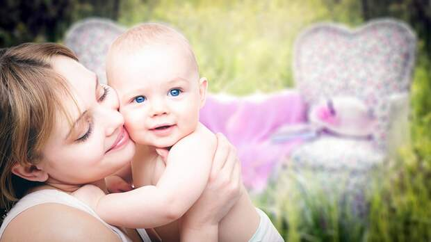 Брошенного в хостеле на Добролюбова младенца вернули матери