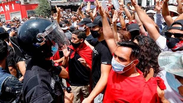 Госпереворот в Тунисе: смерть «первенца Арабской весны»