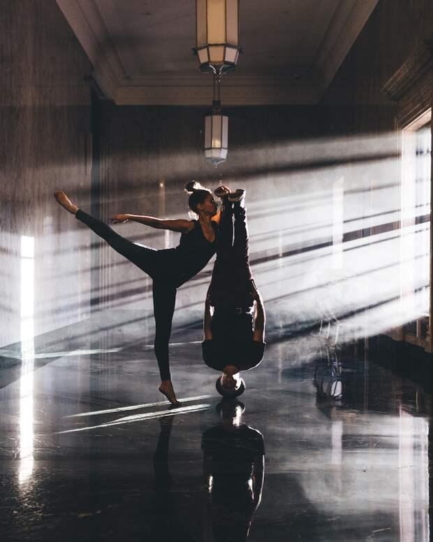 Хорошему танцору гравитация не мешает