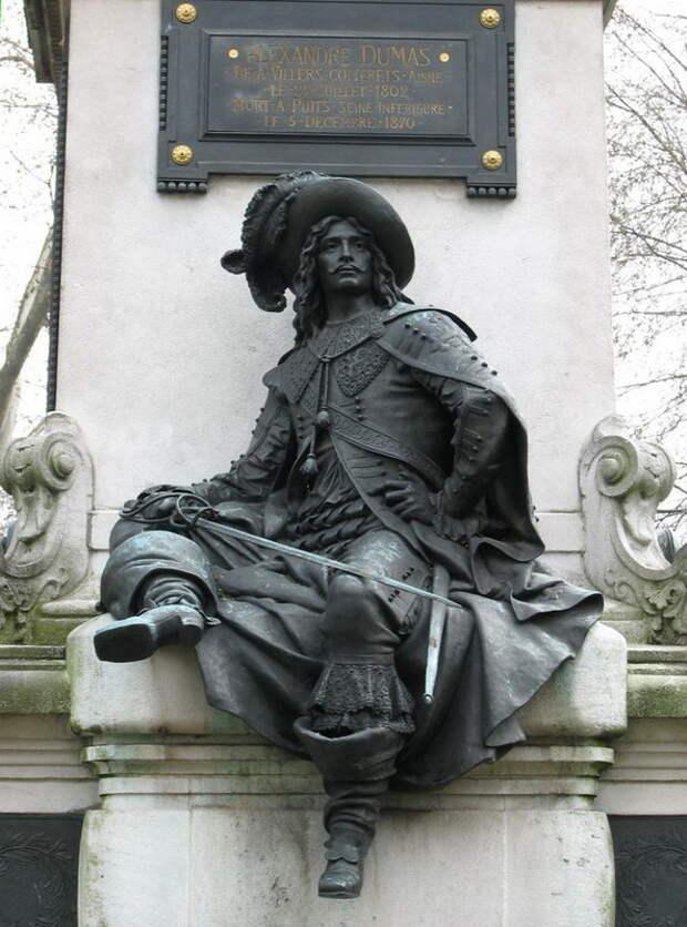 Статуя Д'Артаньяна в Париже - Шпаги наголо, дворяне! | Warspot.ru