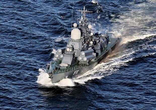 Отряд кораблей Балтийского флота зашел в сирийский порт Тартус