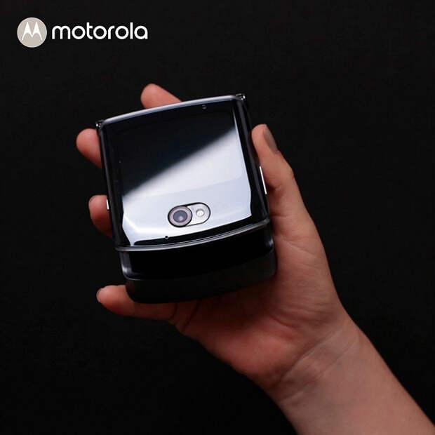 Стартовали открытые продажи раскладушки Motorola Razr в России
