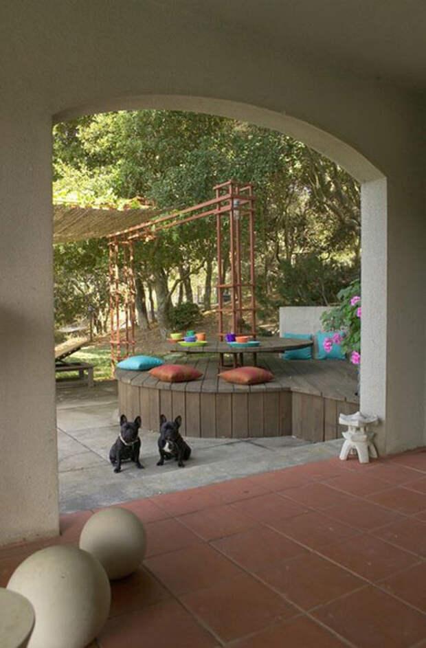 Оригинальная скамейка от Jane Ellison
