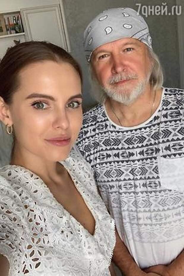 Дарья Клюкина пением излечилась от заикания