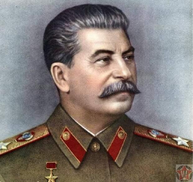 Сбор подписей за установку фигуры Сталина в Москве начнется 9 мая