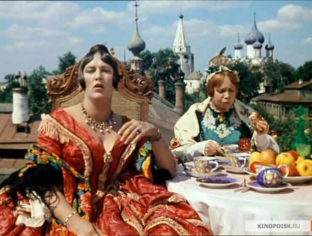 6 любимых советских комедий Ренаты Литвиновой