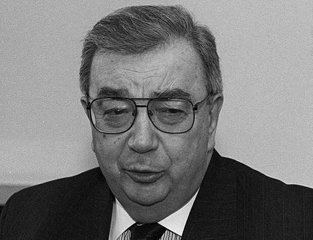 «Петля Примакова»