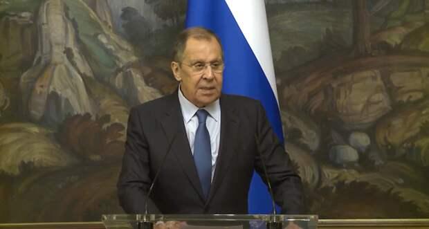 Лавров сообщил о договоренности Армении и Азербайджана прекратить огонь