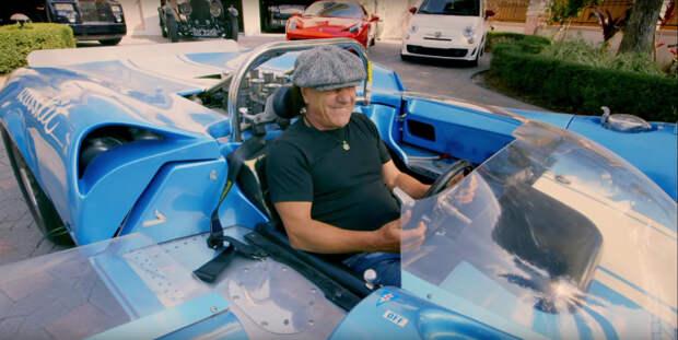 Брайан Джонсон длительное время вел автомобильную программу на телевидении.   Фото: autoevolution.com.