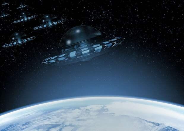 Загадочные объекты, снятые с орбиты российским космонавтом, могут быть мусором или спутниками Илона Маска.
