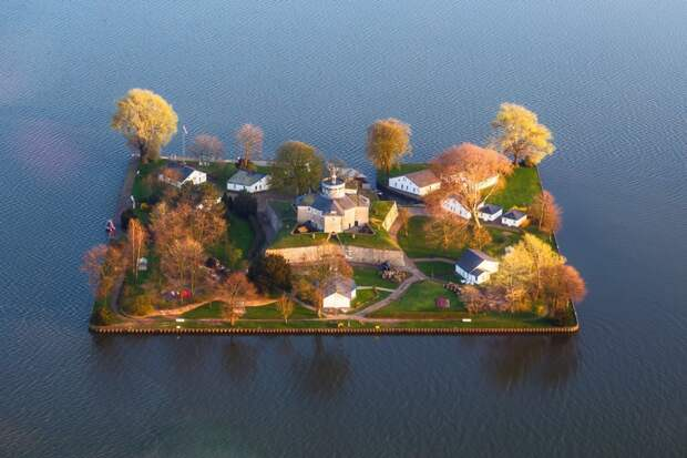 Остров Вильгельмштайн, Ганновер, Германия