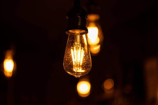 В подъезде дома на Большой Марфинской восстановили свет