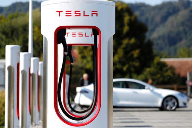 У компании Tesla начинают отбирать рынок электромобилей