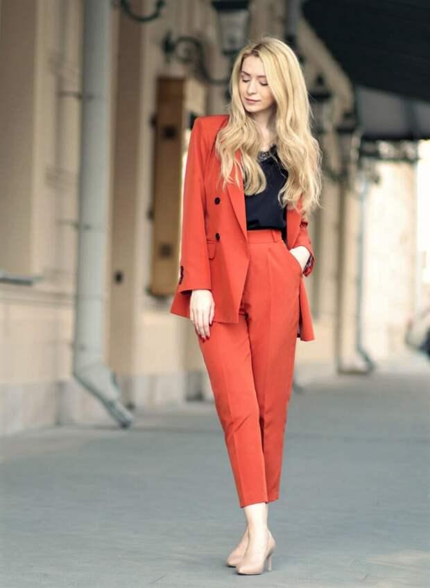 Модные идеи для женщин за 50. Как одеться красиво и стильно в 2021