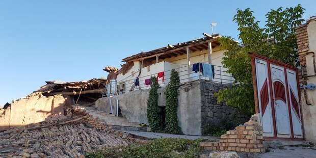 Количество жертв землетрясения в Албании достигло 14 человек