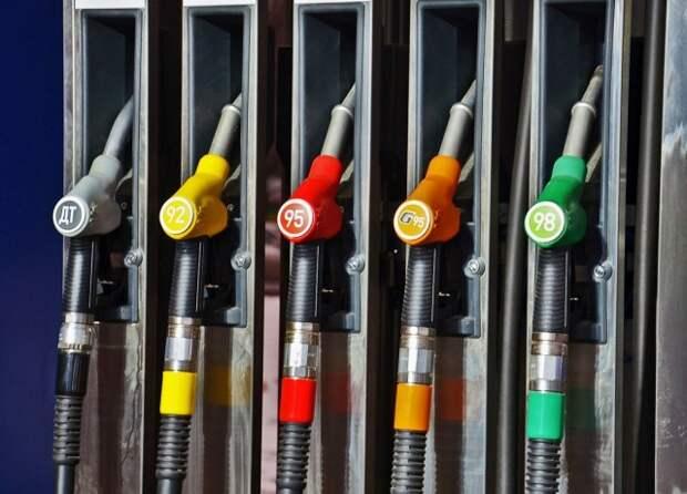Российскому рынку топлива теперь грозит профицит