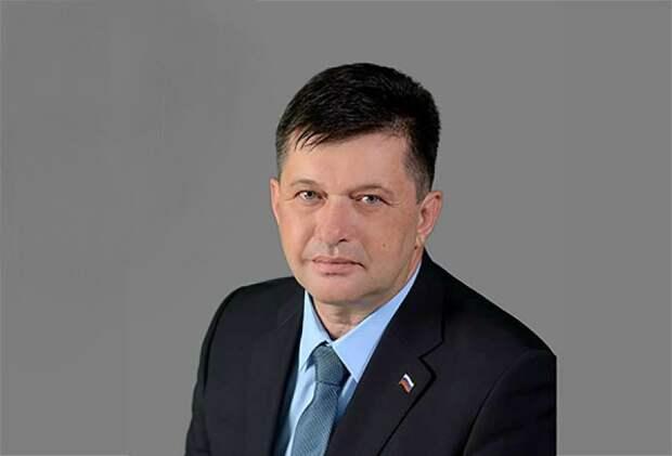 Олег Гасанов обвинил севастопольских депутатов в непрофессионализме и обмане избирателей