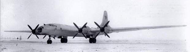 Минобороны показало первый полет Ту-95 в 1952-м году