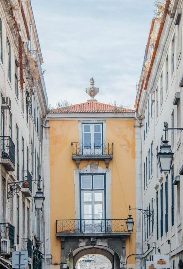 Залитый солнцем Лиссабон в фотографиях Joel Filipe