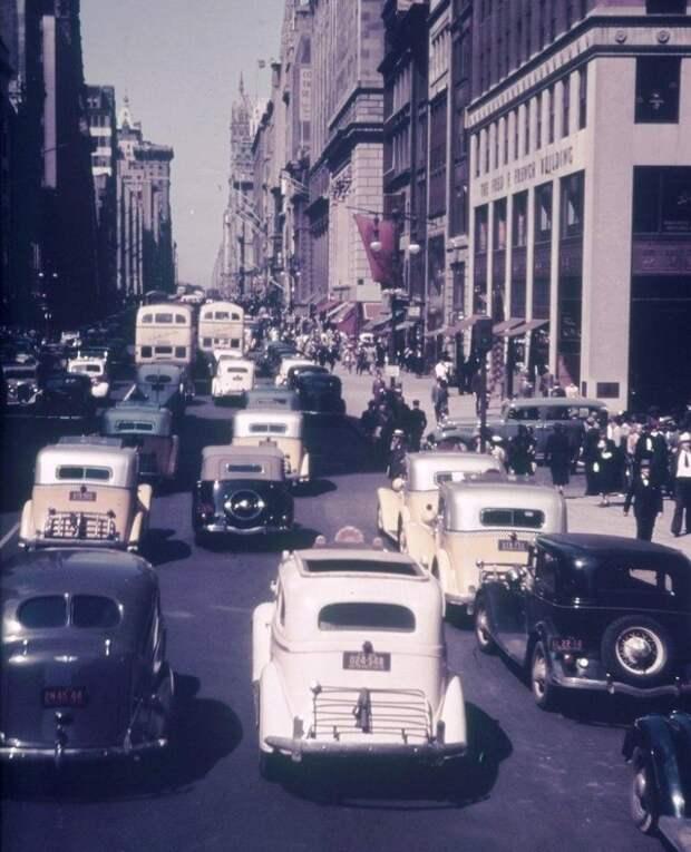11 редких исторических фото, показывающих прошлое с другой стороны