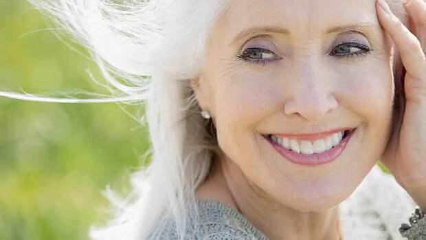 Макияж в 50 лет зеленые глаза