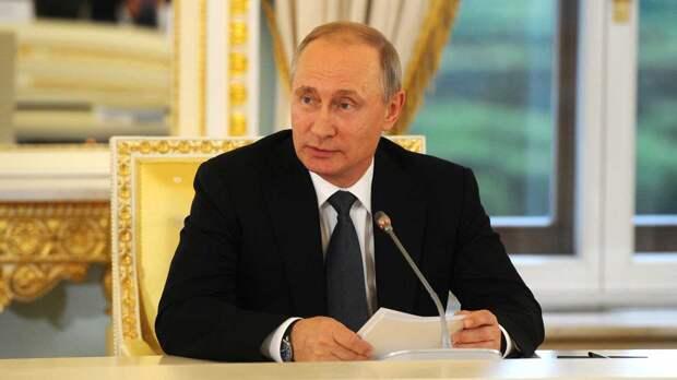Путин назвал продление ДСНВ шагом в правильном направлении