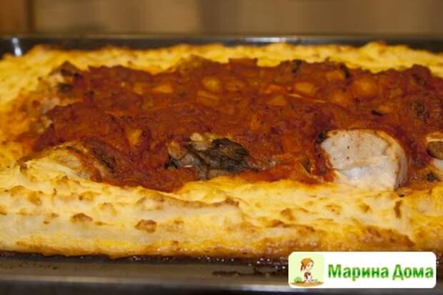 Курица  в томатном маринаде с картофельным пюре