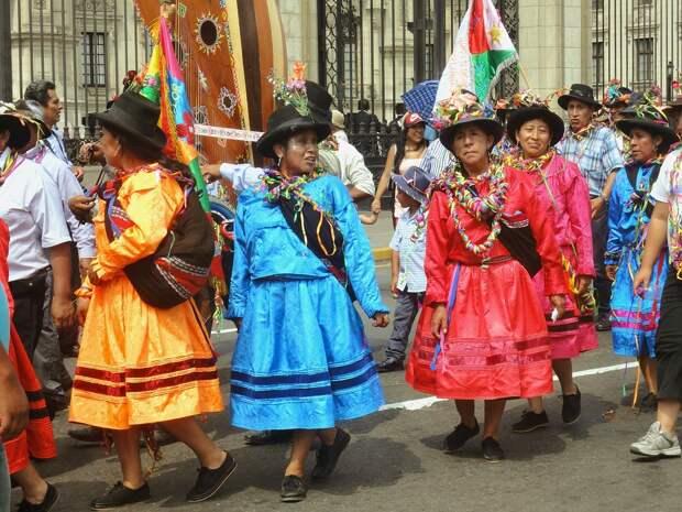 Третьим будешь: в Перу избрали очередного временного президента