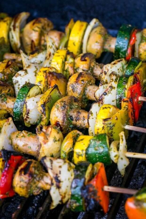 Многие готовят шашлык в корне неправильно. /Фото: natashaskitchen.com